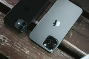 iphone12pro 【悲報】Apple「バイクにiPhoneを装着しないでください」 注意喚起