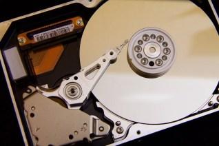 disc-1085276_1280-HDD-1024x683 【自作PC】今はHDDを買うな!暗号通貨「チアコイン」が大人気で、ストレージ価格も高騰。