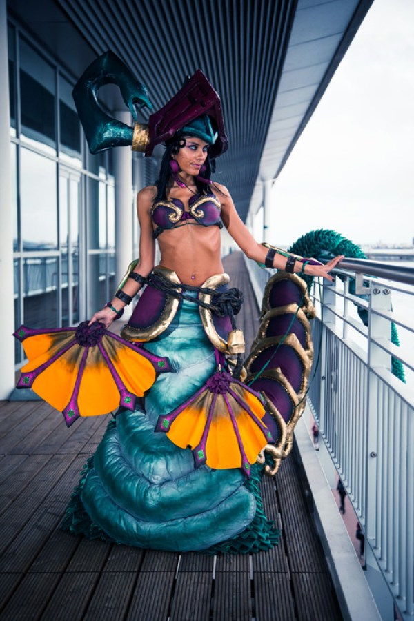 Jade Fang Cassiopeia from League of Legends Cosplay