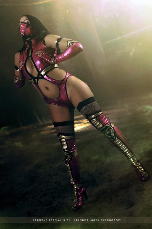 Mileena From Mortal Kombat IX Cosplay