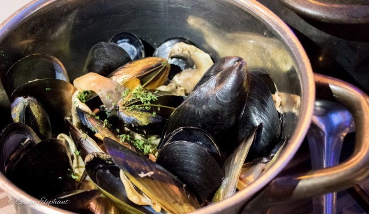 Brussel Sprouts: Mussels