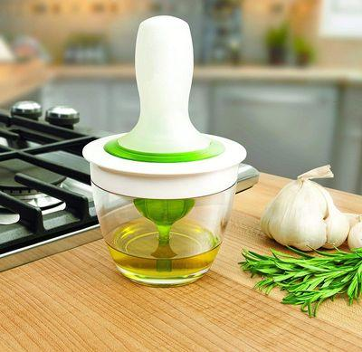 Oil Dispenser with Glass Bowl Container & Silicone Pastry Brush Kitchen Set