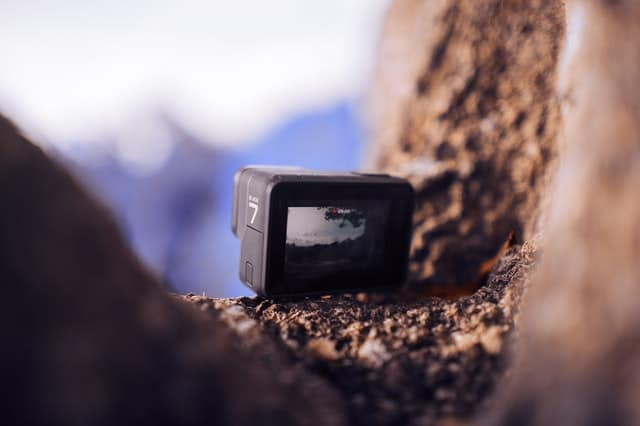 7 Best GoPro Action Camera Alternatives To Choose From 8