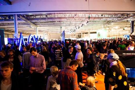 Gamex-Comiccon-Playstation-Crowd