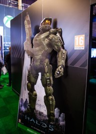 Halo 5 Guardians at Comic Con Gamex