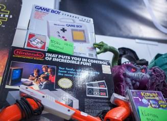 Boxed NES - Sci-Fi World