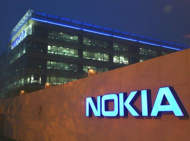 Nokia to get back on Smartphone game, running on Android Nougat.