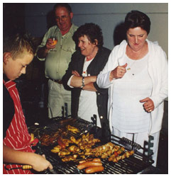 Bouw van onze zaal - BBQ - 't Geels Volkstoneel