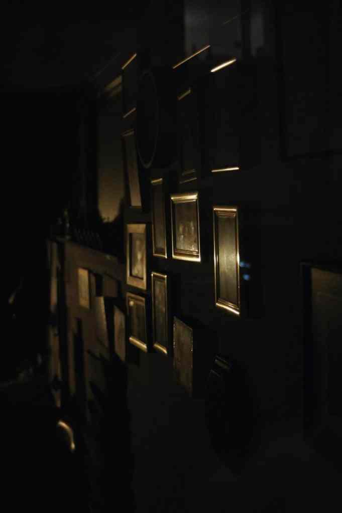 photos sur un mur