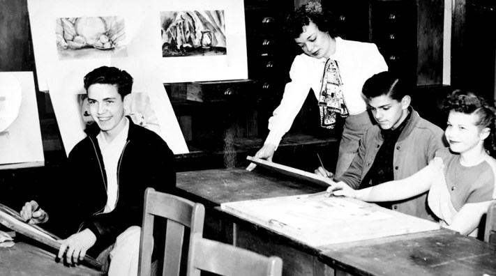 Poly-Art-Class-late-1940s