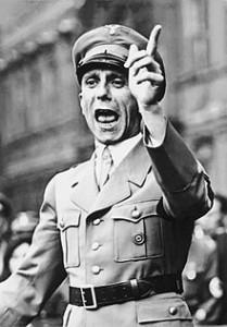 220px-Bundesarchiv_Bild_102-17049,_Joseph_Goebbels_spricht