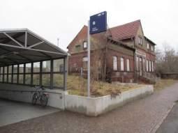 Bahnhof Wahren