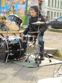 Fussgängers Schlagzeuger