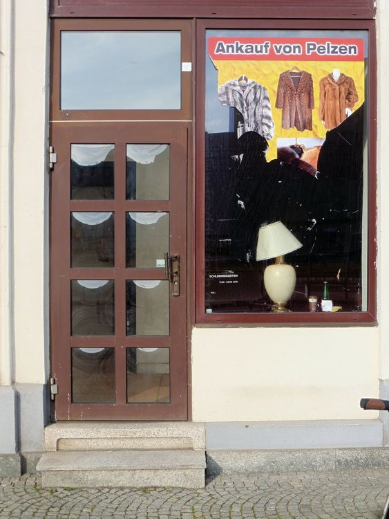 Pelzankauf in der Prager Straße, Frühling 2021