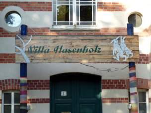 Villa Hasenholz im Sommer 2012