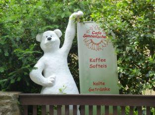 Eisbär am Eutritzscher Park