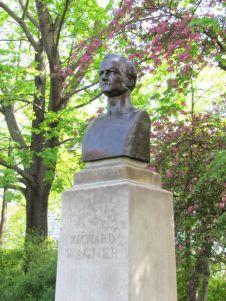 Wagner-Denkmal am Schwanenteich