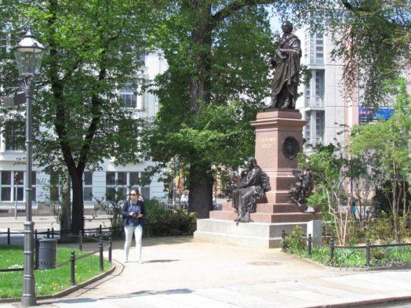 Mendelssohn-Denkmal an der Thomaskirche