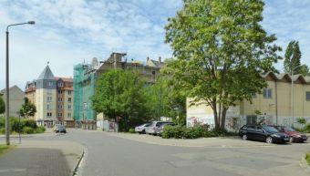 Aus der Bogislaw- auf die Hermann-Liebmann-Straße gesehen (rechts: Hildegardstraße), 2015