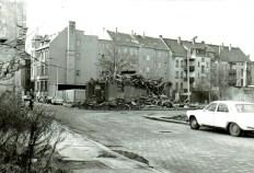 Aus der Bogislaw- auf die Hermann-Liebmann-Straße gesehen (rechts: Hildegardstraße), 1987