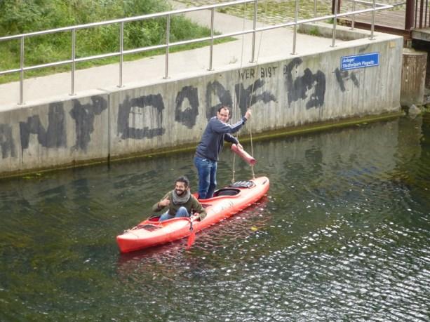 Schaukel am Kanal