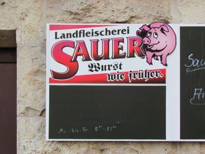 Fleischer Sauer wirbt in der Grassistraße