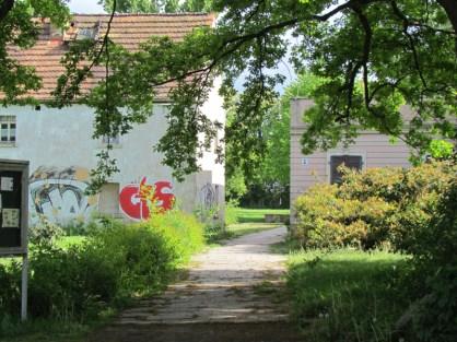 Ehem. Iskra-Gedenkstätte, Blick von der Russenstraße