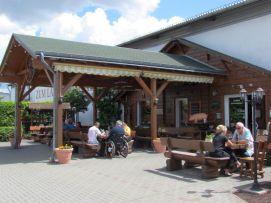 Beim Landfleischer in Radefeld