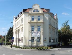 Rathaus vs. Postamt Probstheida