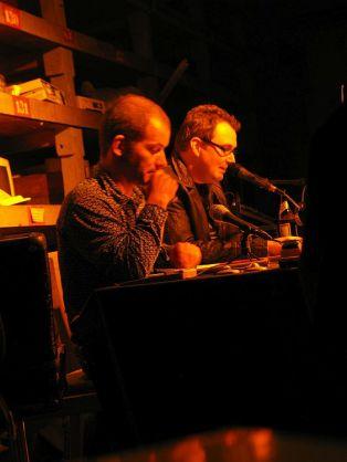 André Kudernatsch (re.) bei einer Lesung im Westwerk