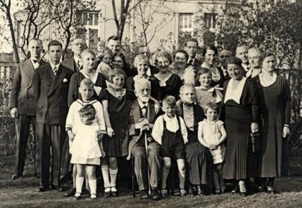 Fritz Joachim an seinem 85. Geburtstag inmitten der Familie