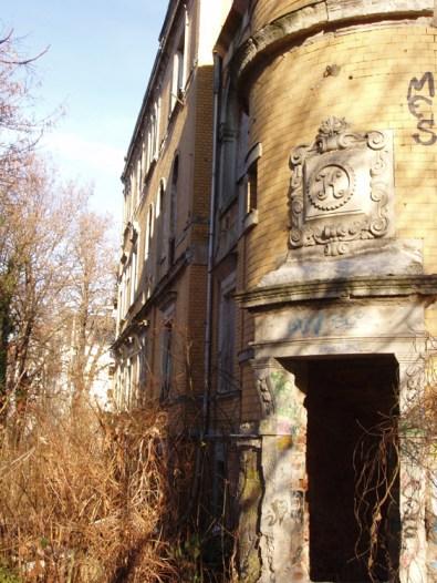 Karl-Krause-Villa, Eingang zum kleinen Treppenhaus
