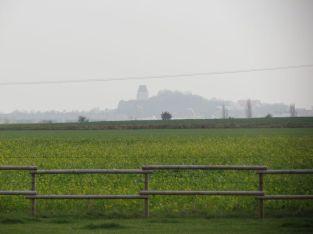 Doppelkapelle von Kneipe aus gesehen