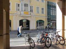 Petersstraße fast ohne Menschen