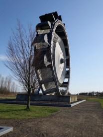 Schaufelrad-Denkmal bei Gerbisdorf (Foto: Norbert Lotz)
