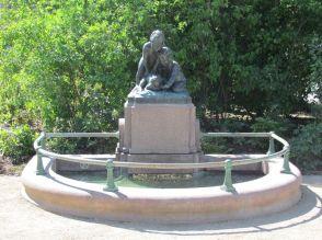 Froschbrunnen auf dem Rabensteinplatz