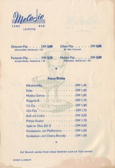 Flips und Fancy Drinks in der Tanzbar Melodie, 1960