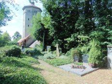 Alter Friedhof und Wasserturm