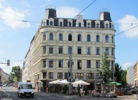 Der Münzblock heute, rechts: Münzgasse