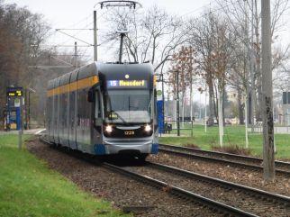 """Die """"Elektrische"""" auf dem Weg nach Meusdorf"""