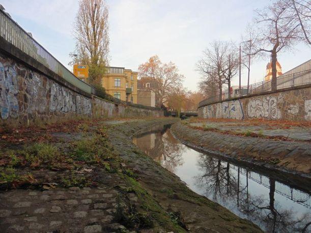 Blick zurück in Richtung Uferstraße und Zoo