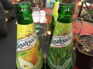 Birnen- und Estragon-Limo
