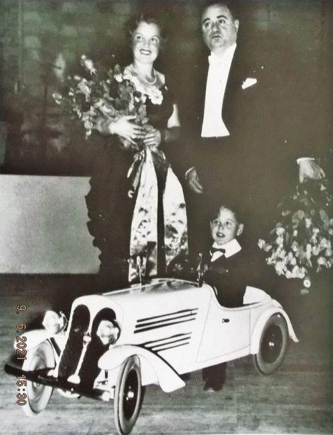 Kinderstar Peter Bosse mit Magda Schneider und Benjamino Gigli (Archiv Rübner)