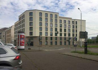 """Eingang zur Berliner Straße Aug. 2021 (""""The Hood"""")"""
