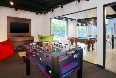 Aloft_Stuttgart_Tactic Meeting Room@2015 Starwood Hotels und Resorts Worldwide.jpg