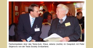 Klaus Jebens beim Vortrag über Tesla Energie aus dem Raum