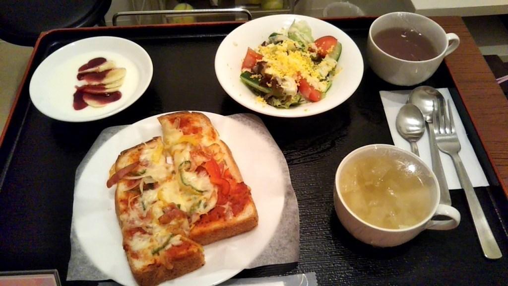杉浦ウィメンズクリニック朝食1