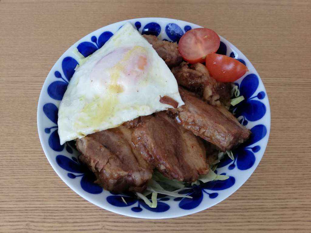 業務スーパーの柔らか豚煮で作ったチャーシュー丼