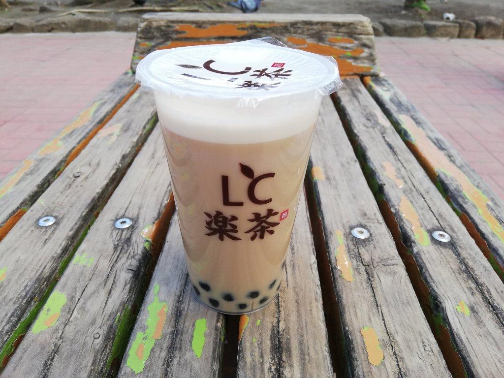 江戸川区瑞江の台湾タピオカ専門店LC楽茶のホットタピオカミルクティー