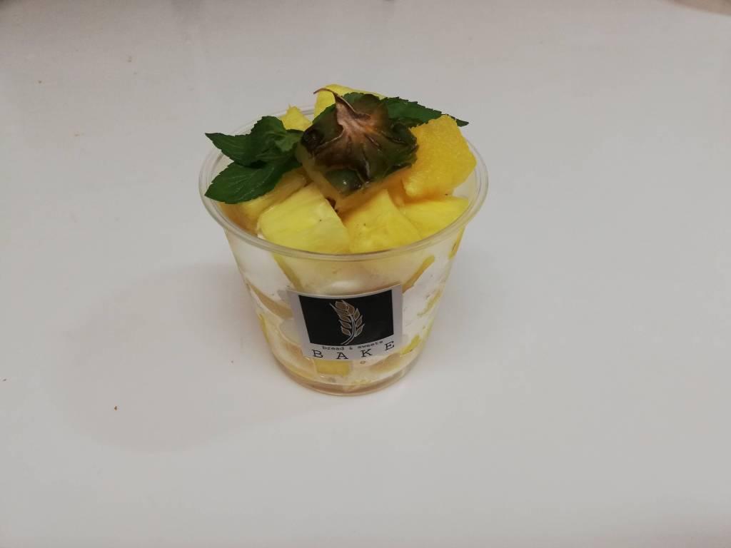 江戸川区瑞江のカフェBAKEの自家製カップケーキ